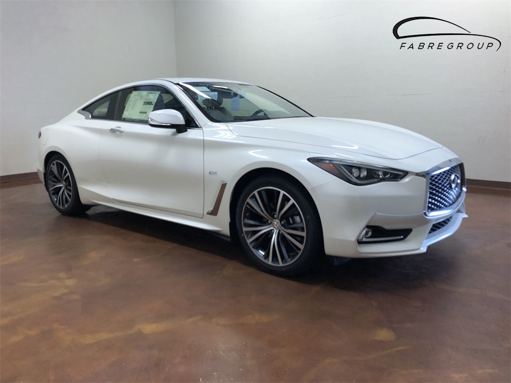 New 2018 INFINITI Q60 2.0t LUXE CARGO PACKAGE